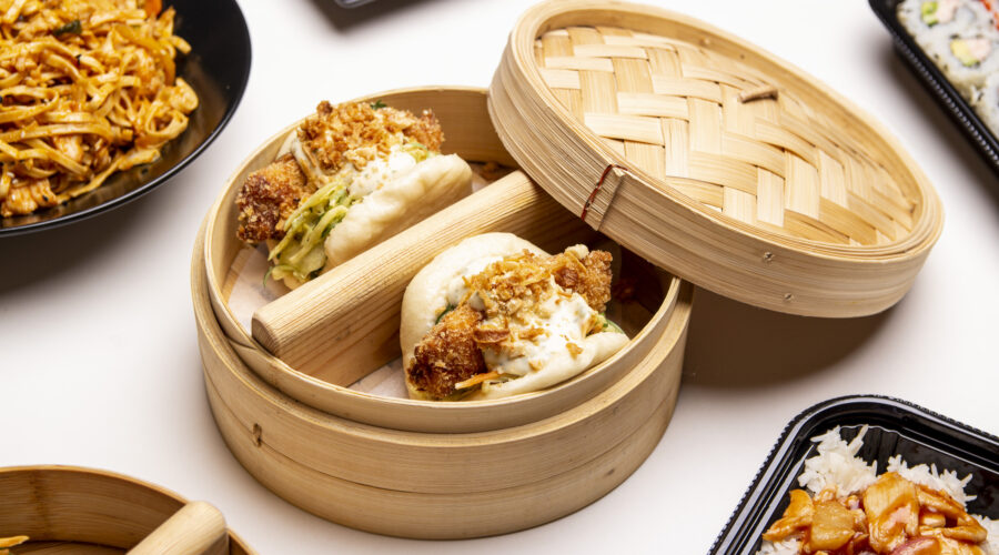 Bao Βun with Battered Cod